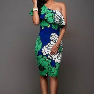 🆕Floral Print One Shoulders Dress